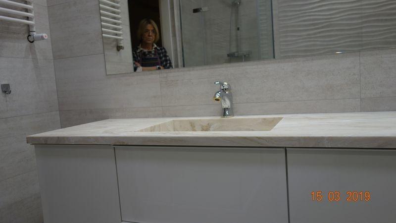 umywalka w łazience