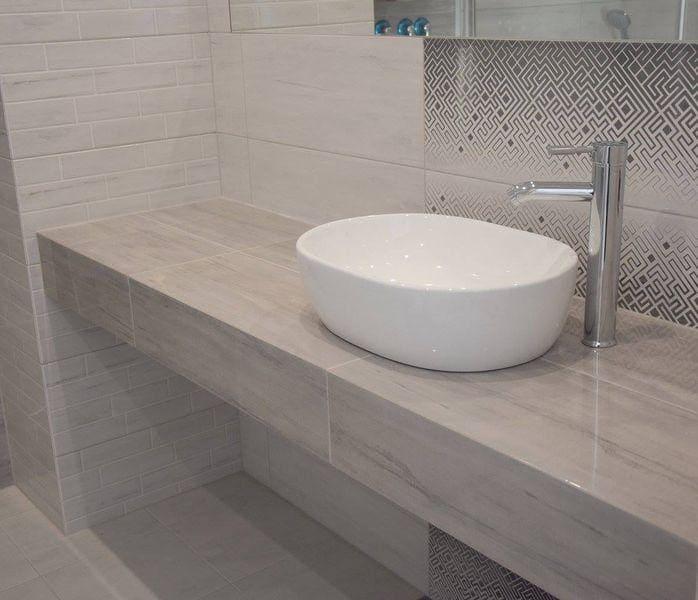 montaż blatu łazienkowego