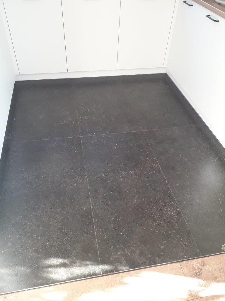 remont podłogi w kuchni