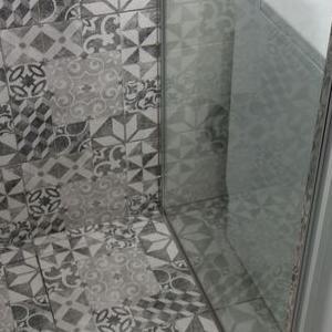 Urb-Bud Usługi remontowo budowlane łazienka